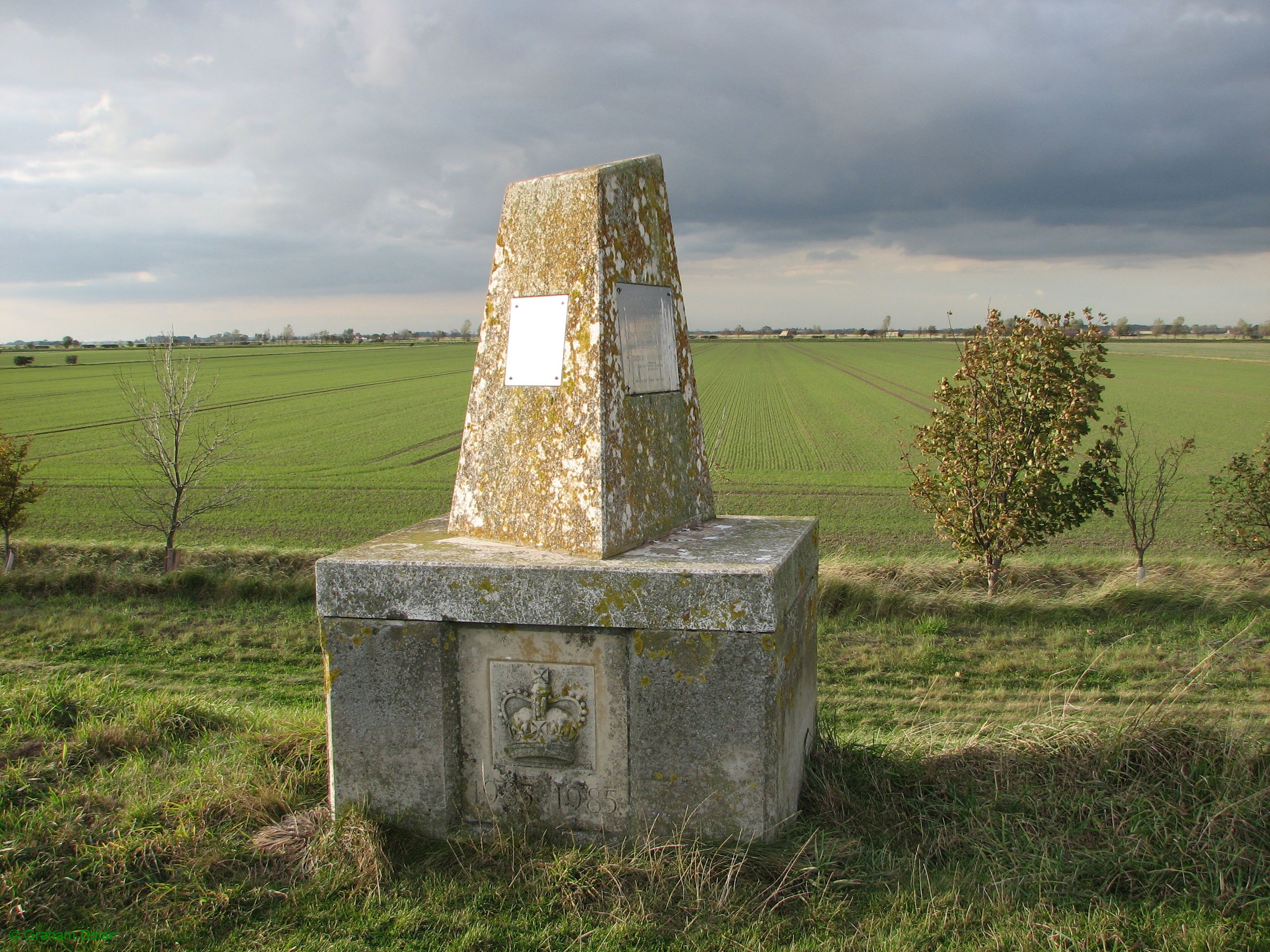 Greenwich Meridian Marker; England; East Yorkshire; Sunk Island